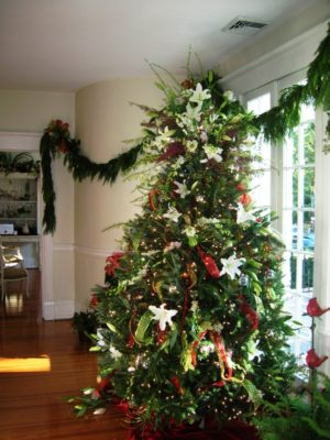 40 Green Christmas Tree Decorations Ideas