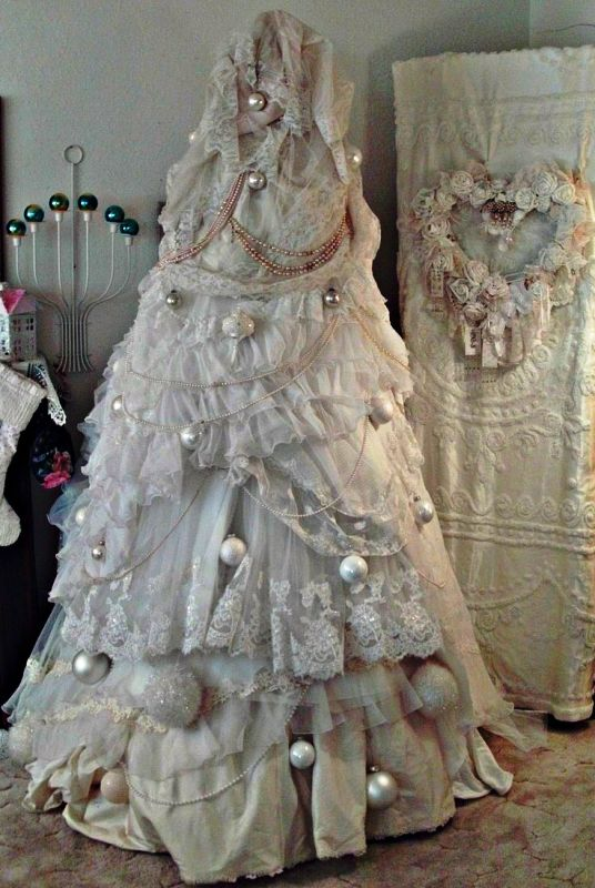 christmas-tree-wedding-dress