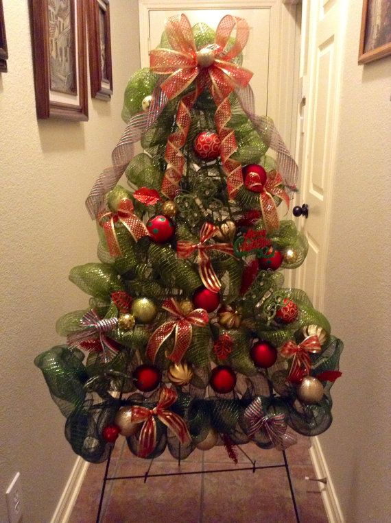 christmas-tree-with-deco-mesh-real-ideas