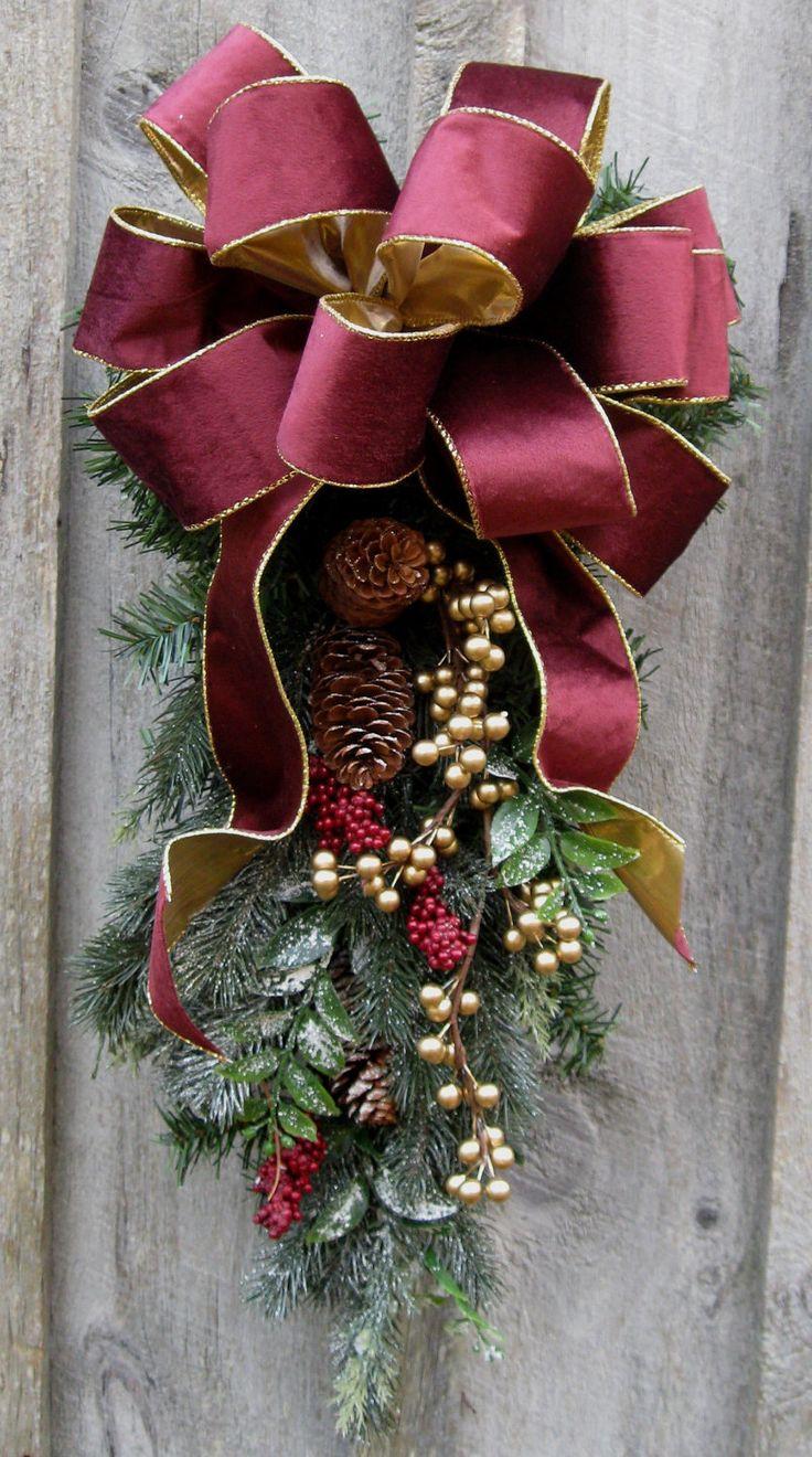 christmas-wreath-door-swag