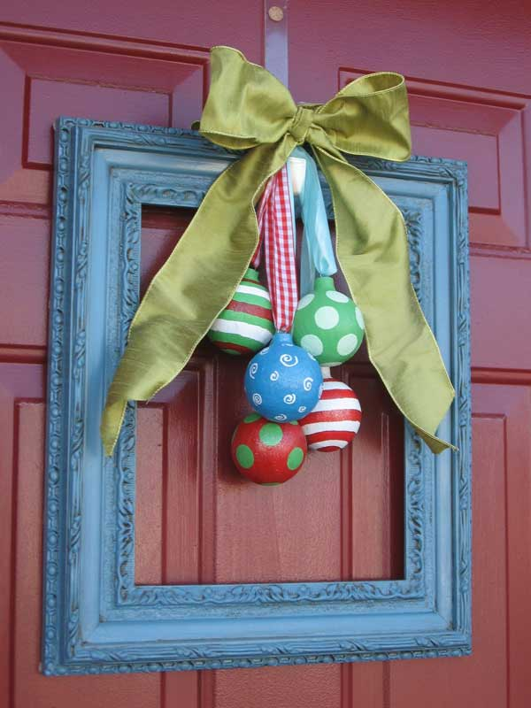 christmas-wreath-picture-frame-craft