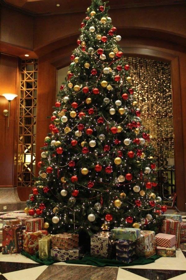 classic-christmas-tree-decorating-ideas
