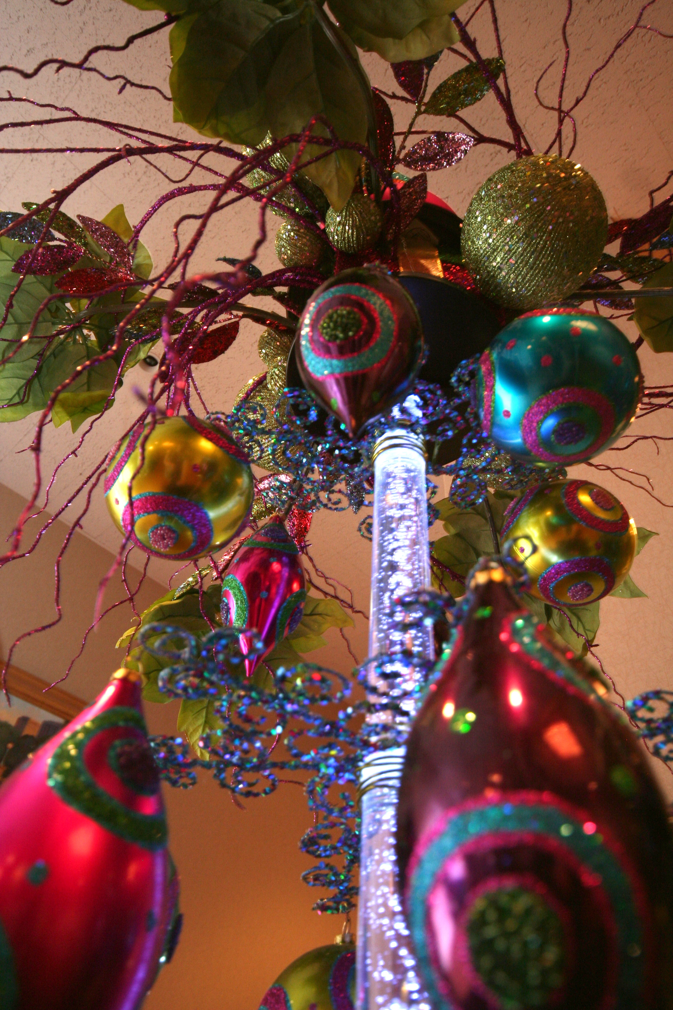 contemporary-christmas-decor