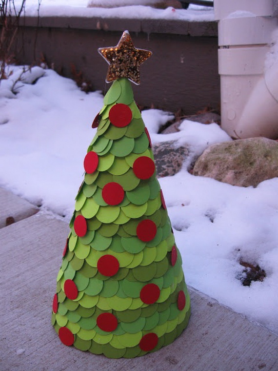 craft-paper-cones-as-christmas-trees