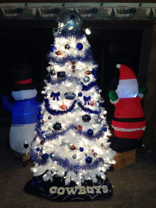 dallas-cowboys-christmas-tree