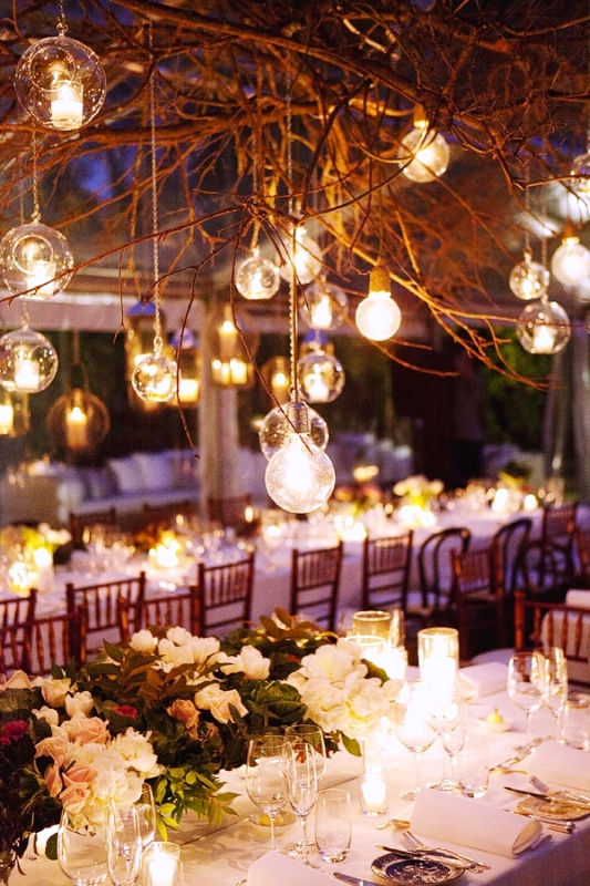 hanging-lights-for-chirstmas-wedding-reception