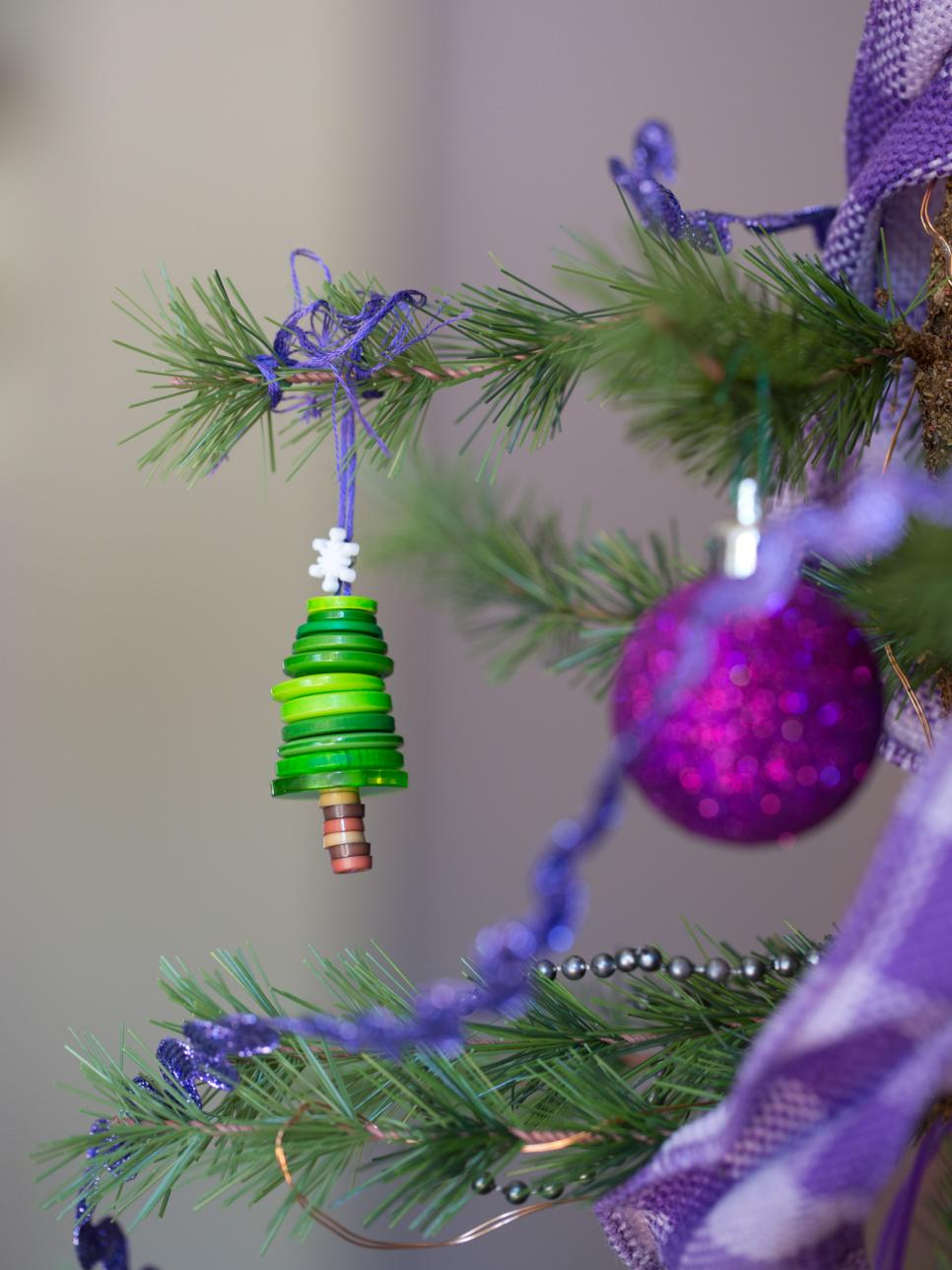 kids-christmas-tree-decorating-ideas
