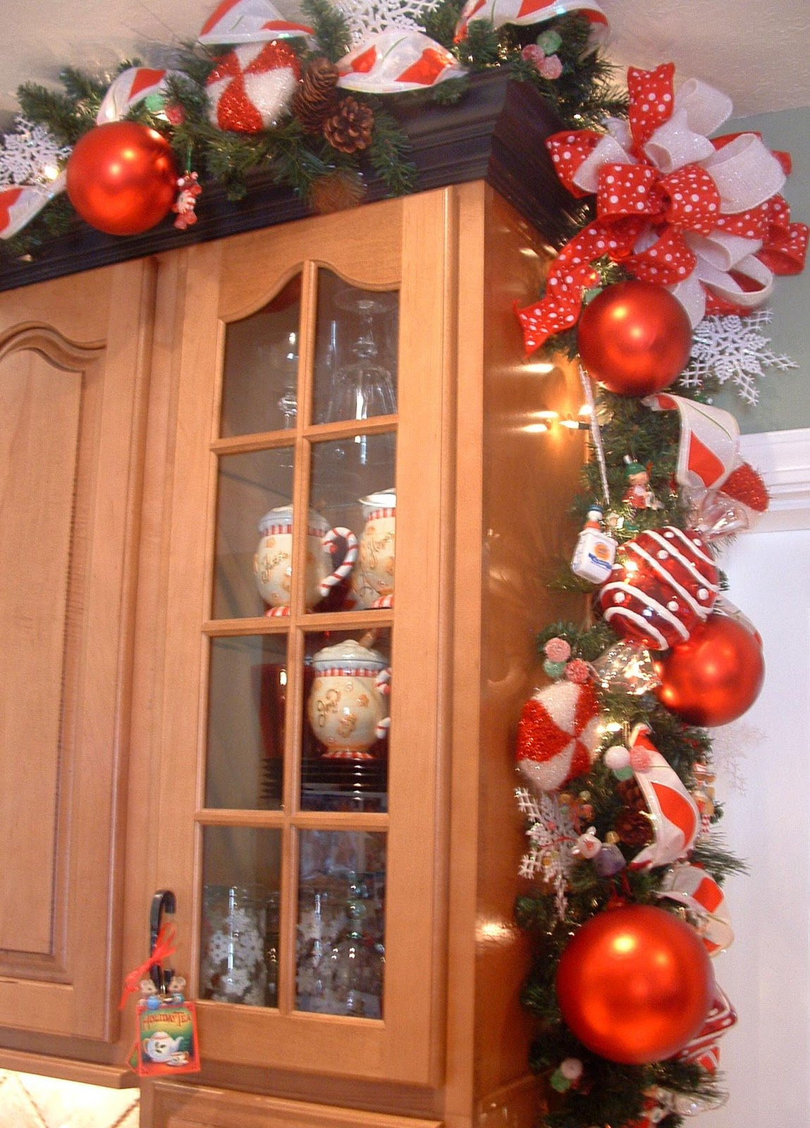Top 40 Christmas Decorations Ideas For Kitchen Decoration Love