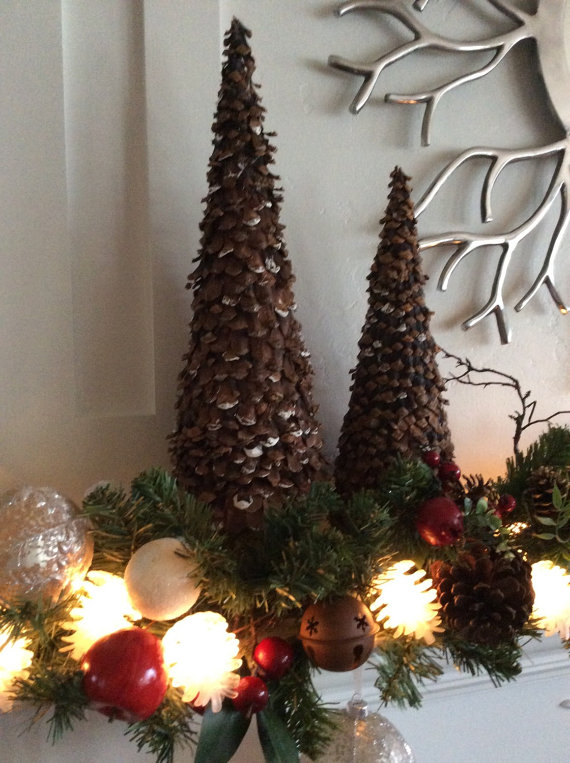 make-a-pine-cone-christmas-trees