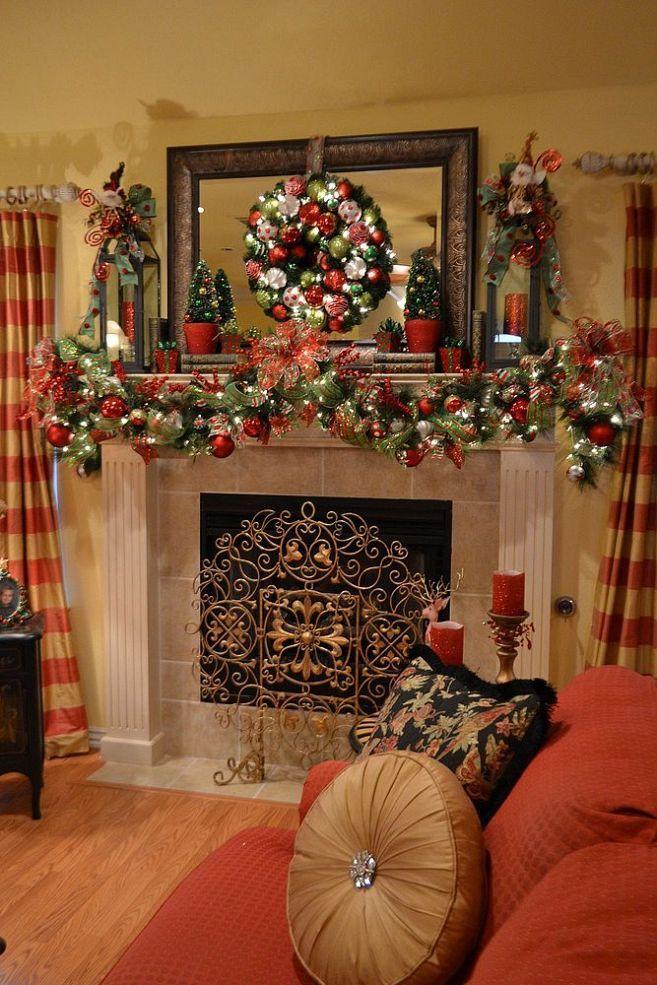 mirror-mantle-christmas-wreath