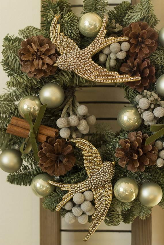 outdoor-christmas-decoration-wreath
