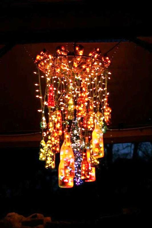 outdoor-wine-bottle-chandelier