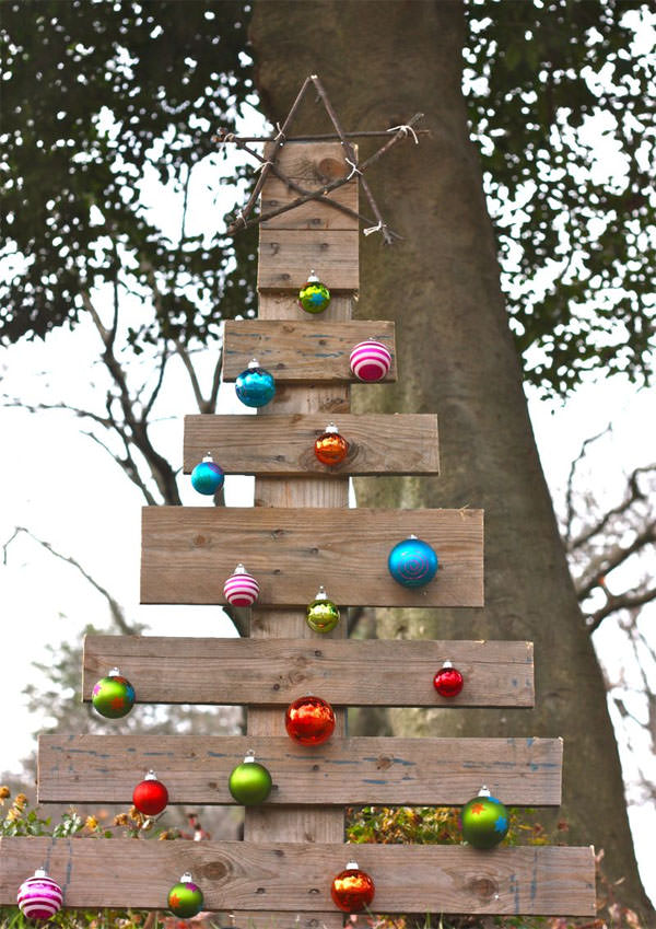 pallet-outdoor-christmas-tree
