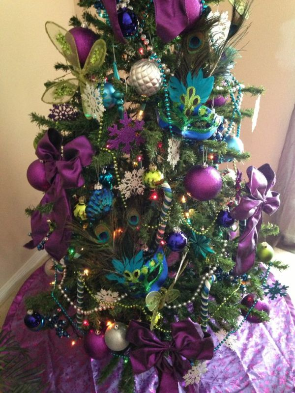 peacock-christmas-tree-decorating-ideas