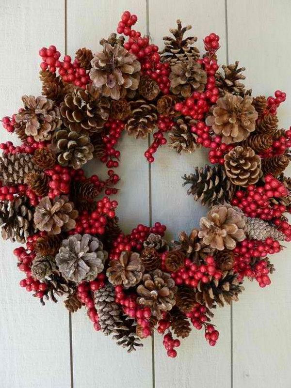 pine-cone-christmas-wreath-decorations