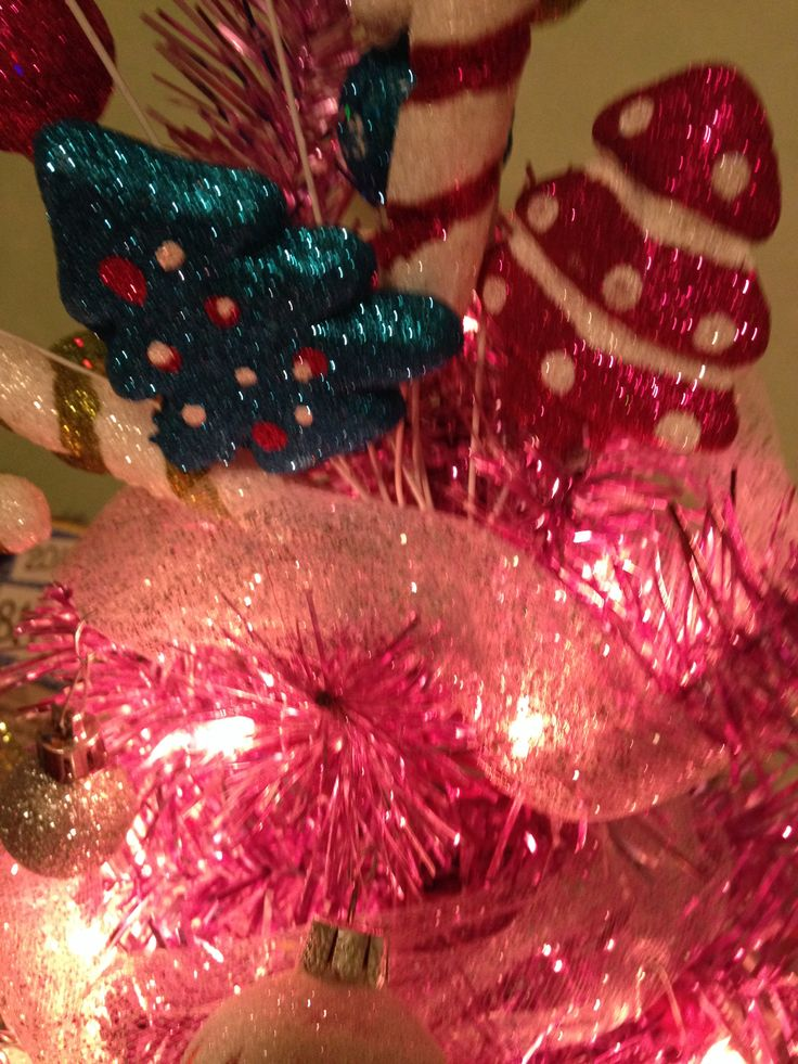 pink-girly-christmas-tree