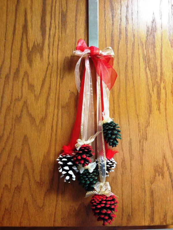 pinterest-christmas-pine-cone