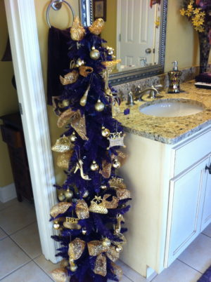 40 Most Popular Bathroom Chirstmas Decoration Ideas
