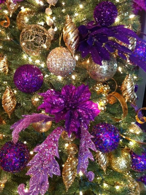 purple-and-gold-christmas-tree
