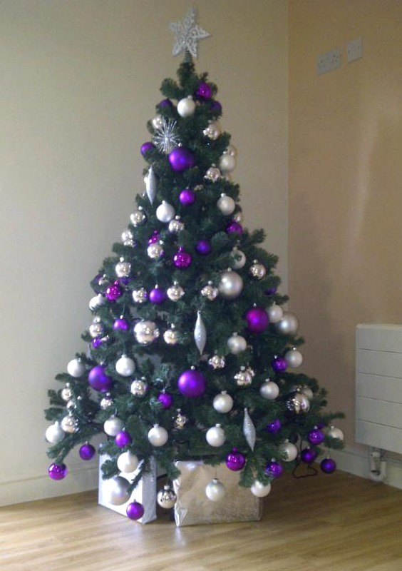purple-and-silver-christmas-tree-design