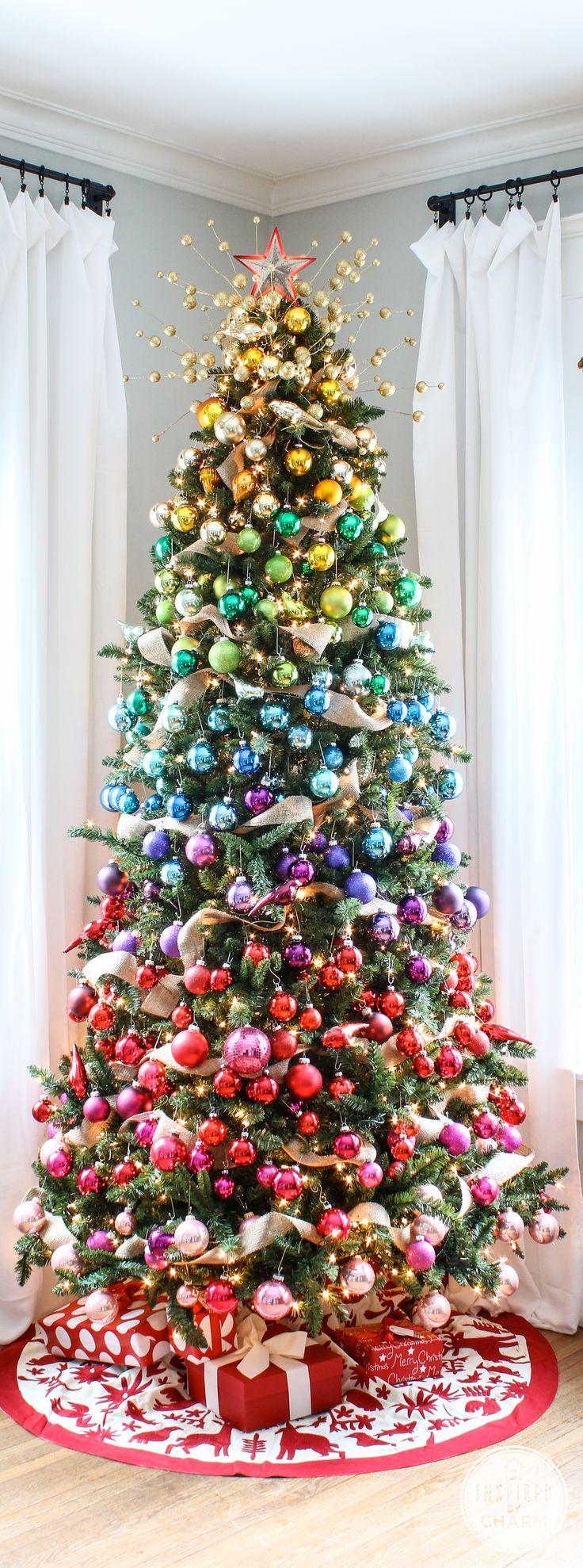 rainbow-gradient-christmas-tree