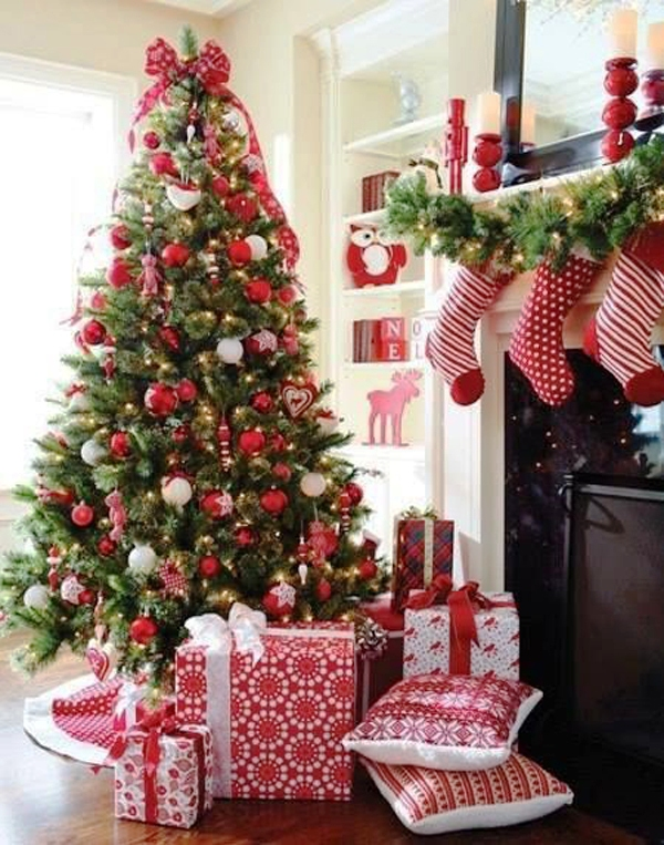 red-and-white-christmas-tree-decorations