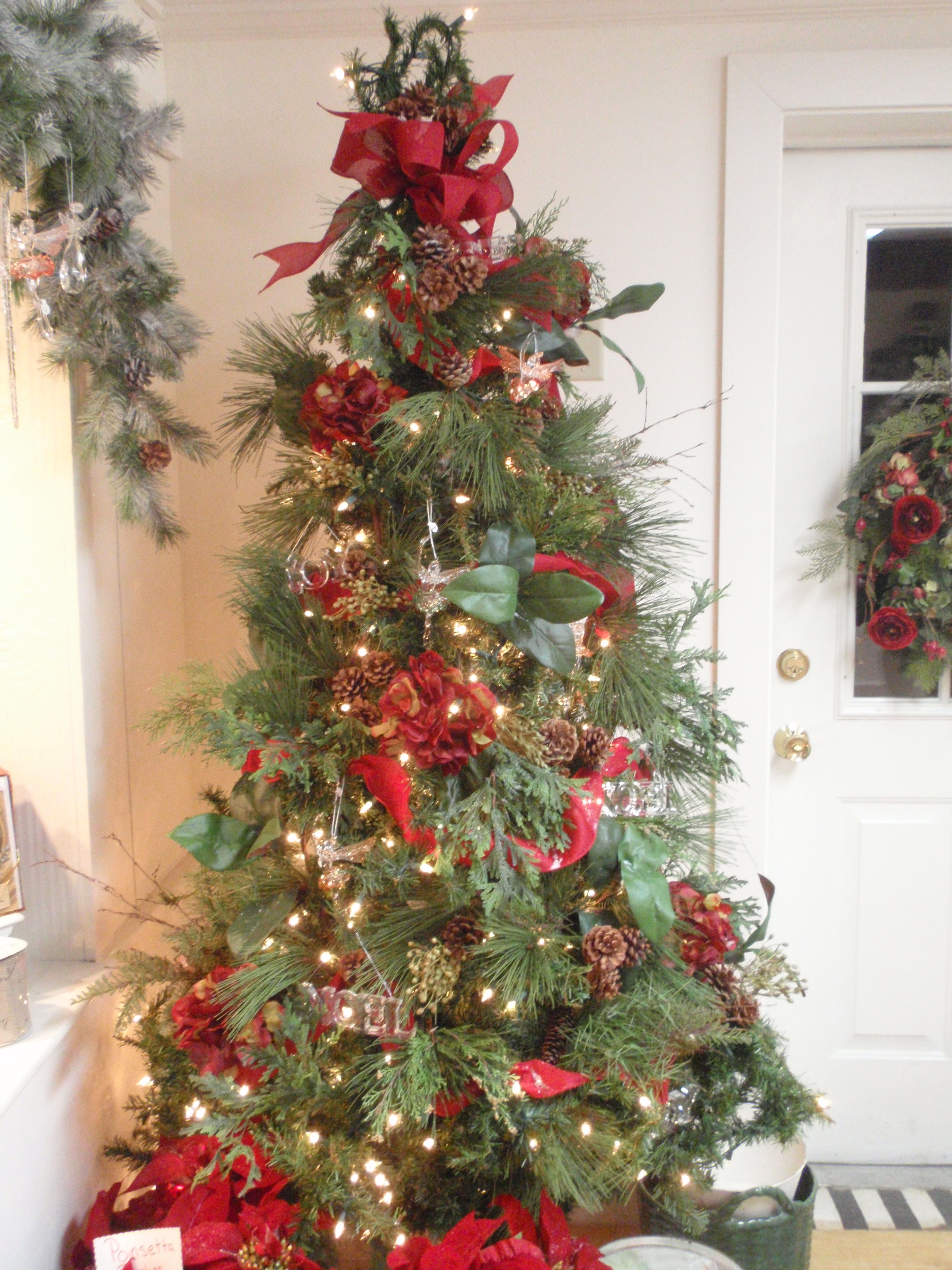Christmas tree decorations ideas with bows decoration