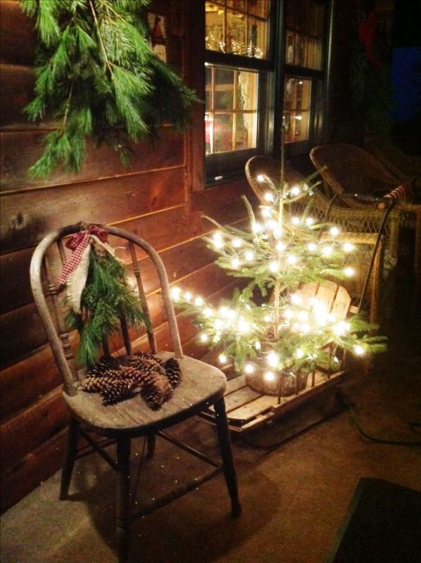 rustic-christmas-front-porch