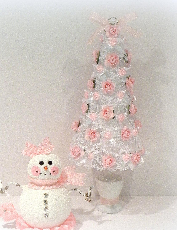 shabby-chic-lace-christmas-tree