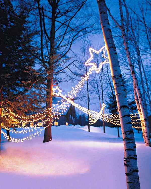shooting-star-outdoor-christmas-lights