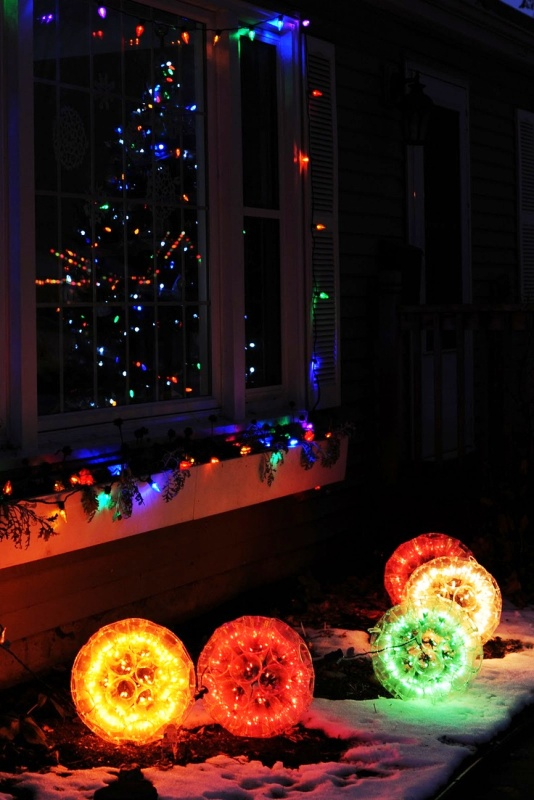 30 Christmas Lights Decorations With Plastic Cups