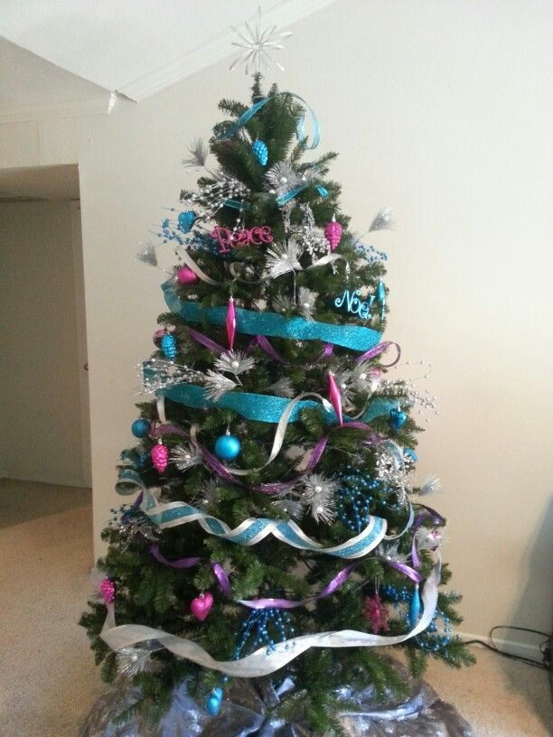 teal-and-silver-christmas-tree