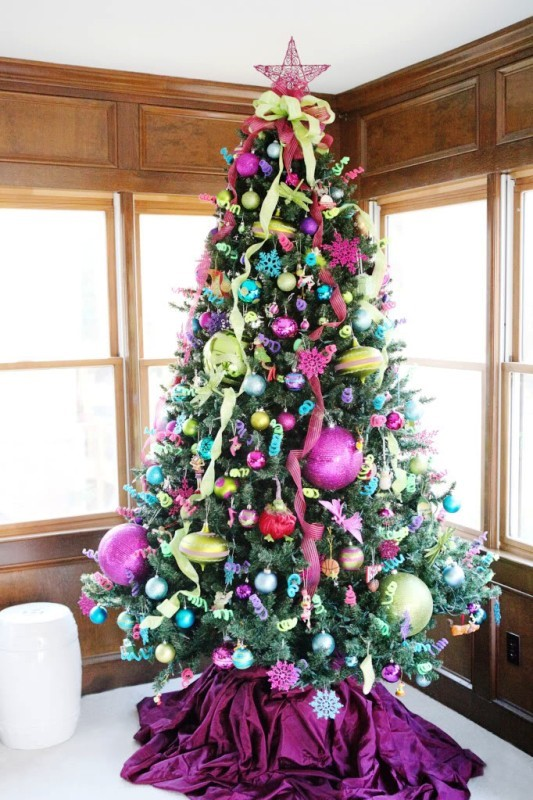 turquoise-pink-and-green-christmas-tree