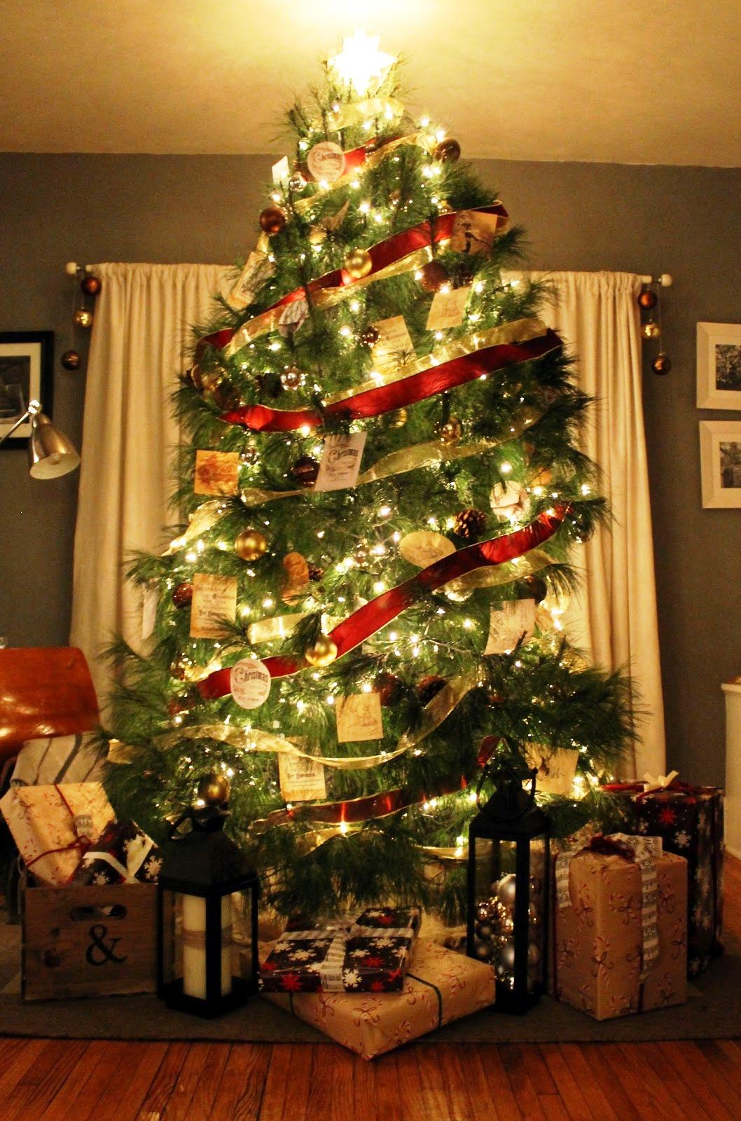 vintage-christmas-tree-decorations