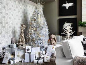 33 White Christmas Tree Decorations Ideas
