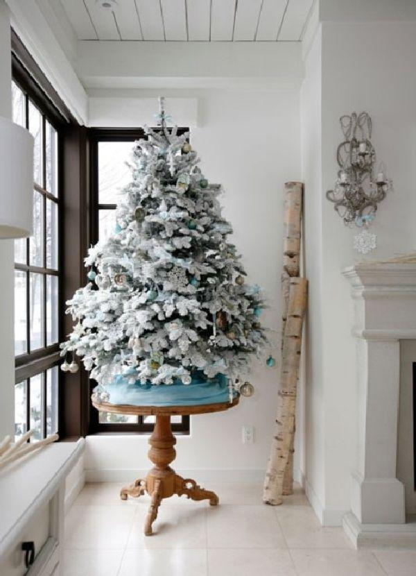 white-christmas-tree-decorations