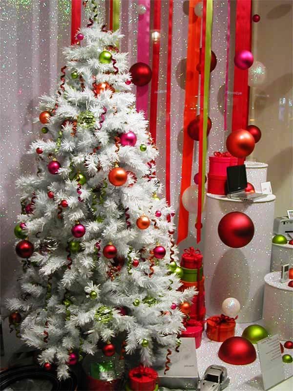 white-christmas-tree-decorations-ideas