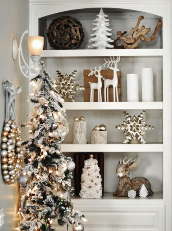 white-and-gold-christmas-decor