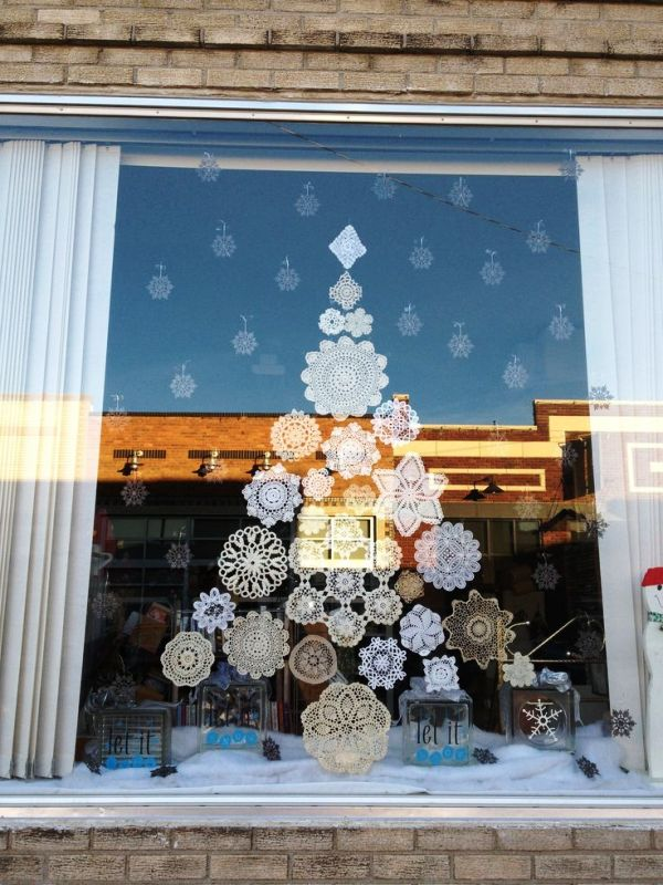 christmas-store-window-display-ideas
