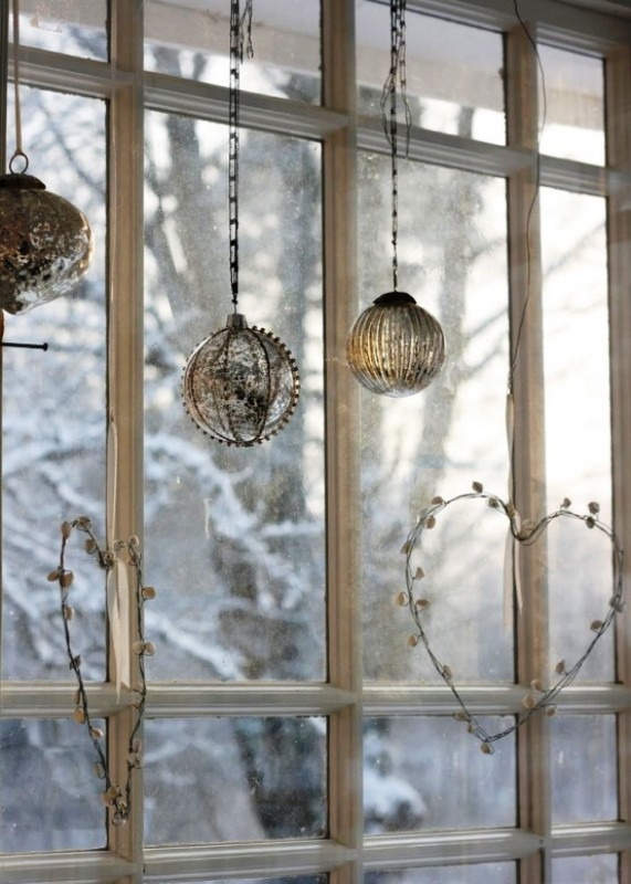 christmas-window-decor