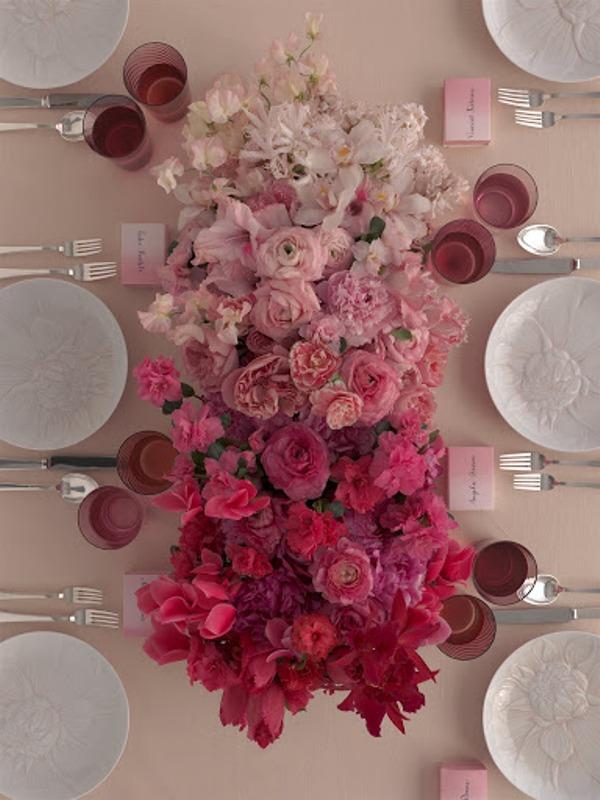 pink-ombre-wedding-centerpiece