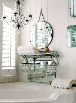 25 Shabby-Chic Style Bathroom Design Ideas