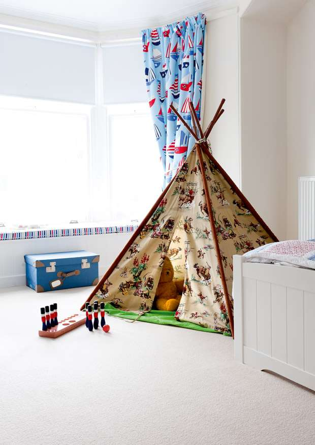 Beautifully Victorian Kids Room Design