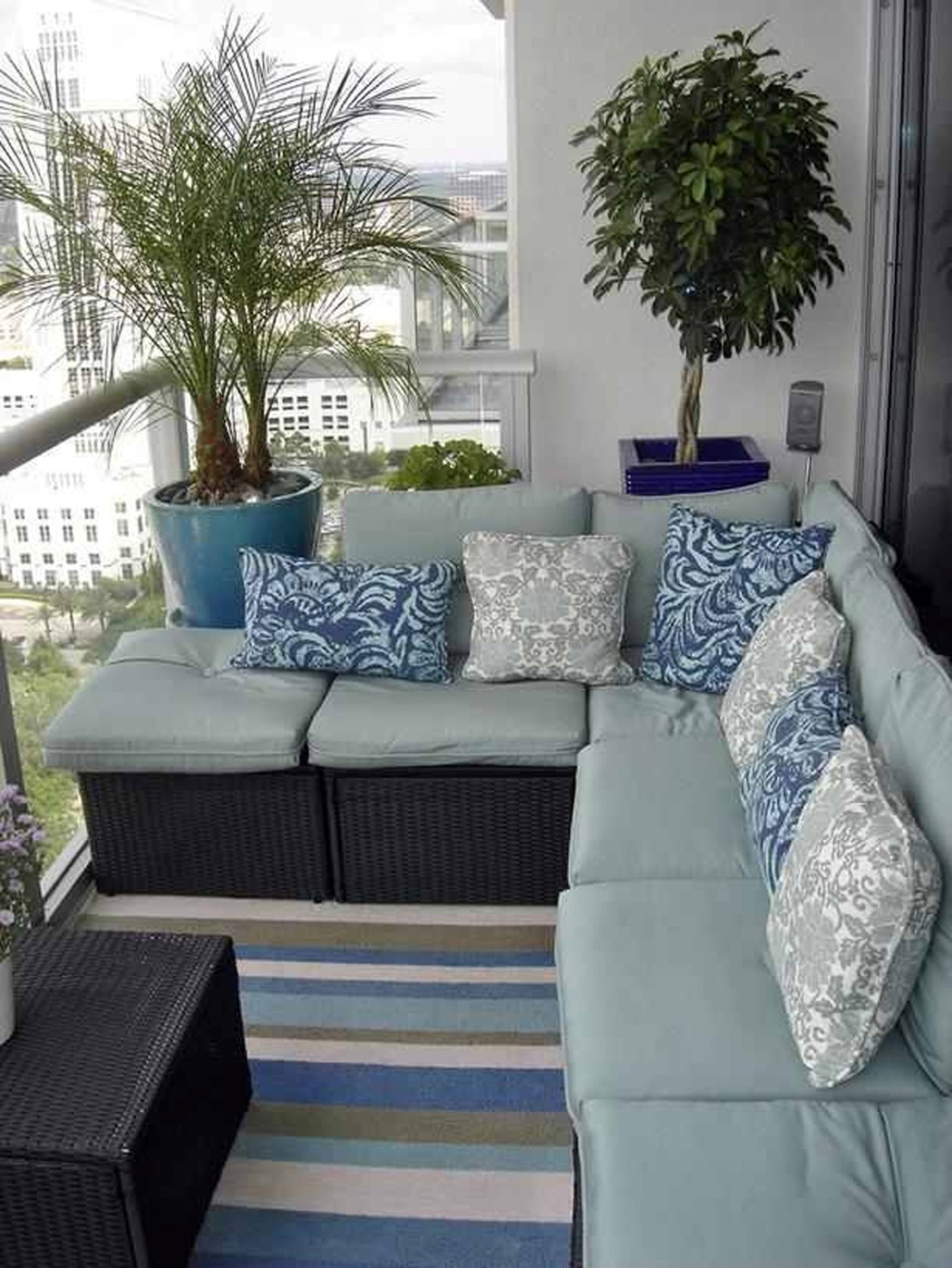 Modern Outdoor Design With Sofa Fabric