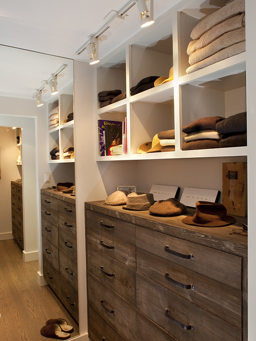 Rustic Closet Design Ideas