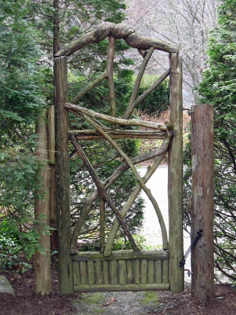 Rustic Outdoor Wood Garden Gates Design