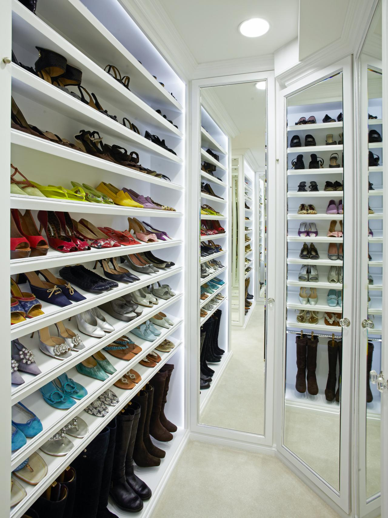 Shoe Heaven Tropical Closet Design