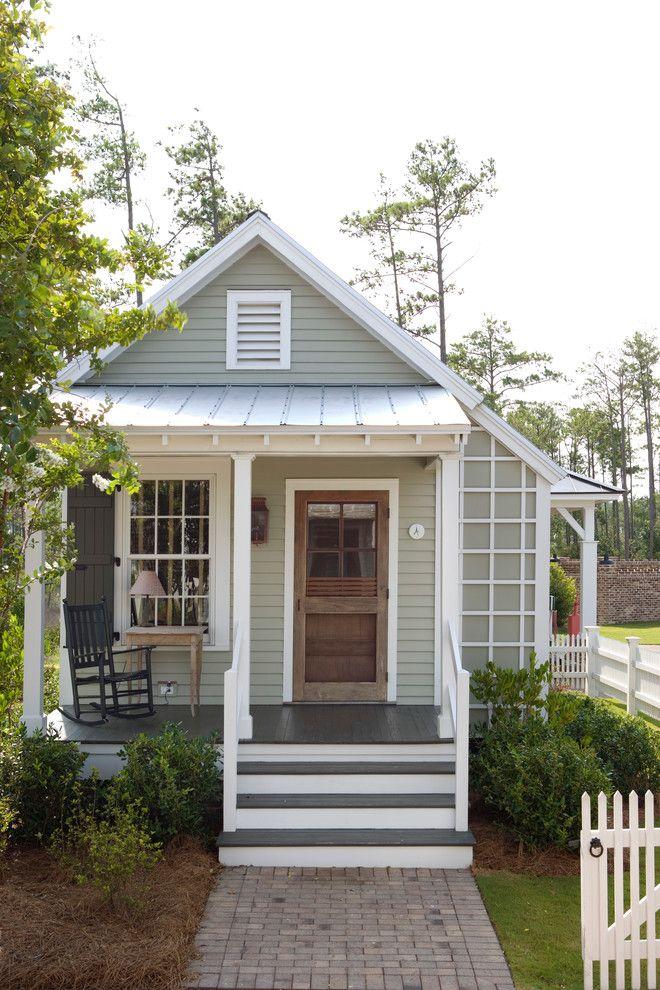 Tropical Farmhouse Outdoor Design