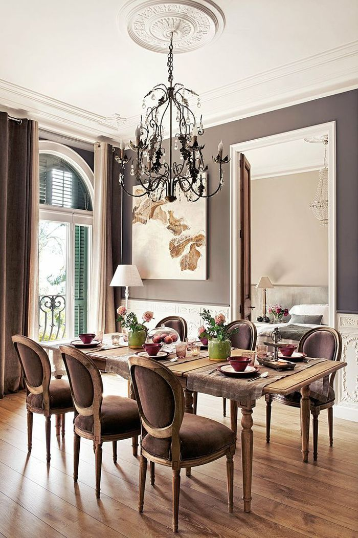 Victorian Dining Room Design With Wall Color