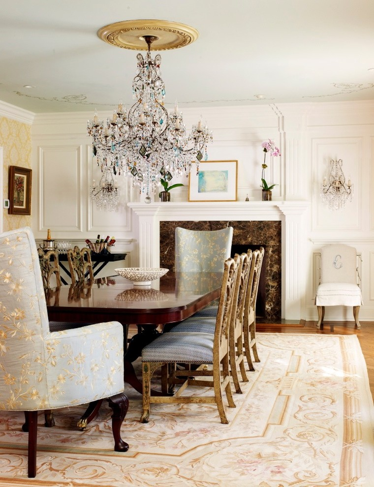 Wingback Victorian Dining Room Design